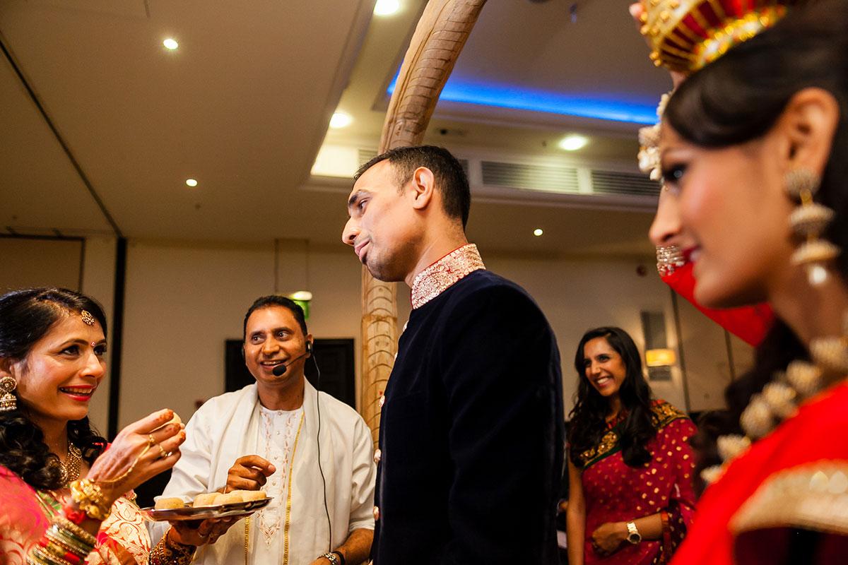 015 guoman tower asian wedding photographer london