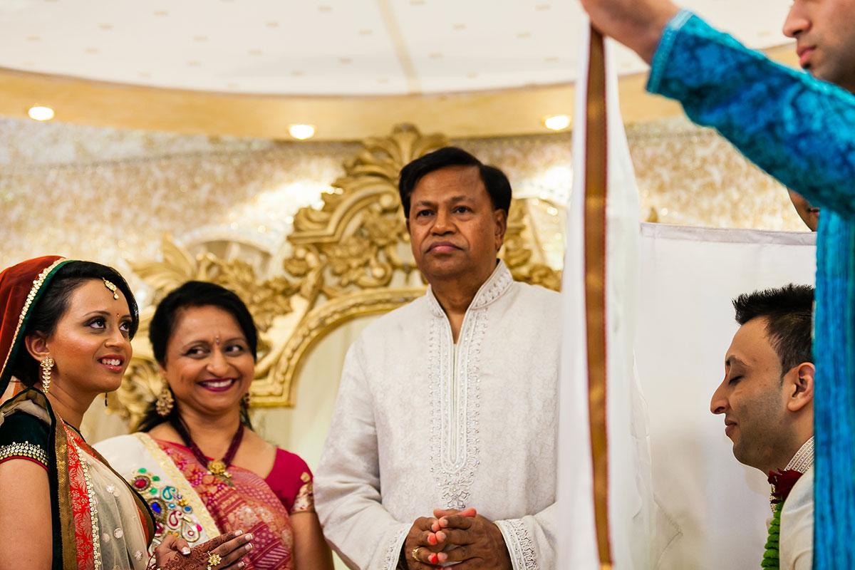 020 hindu wedding photography hilton wembley