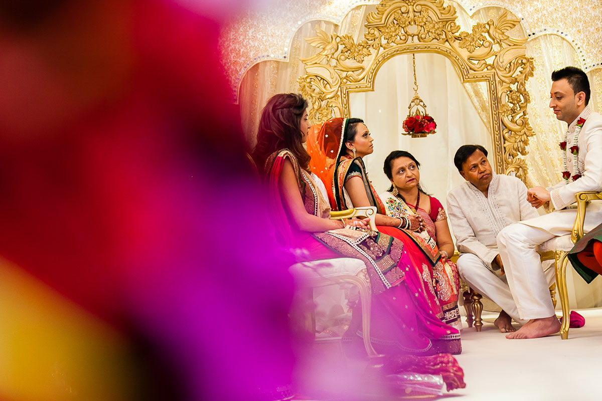 023 hindu wedding photography hilton wembley