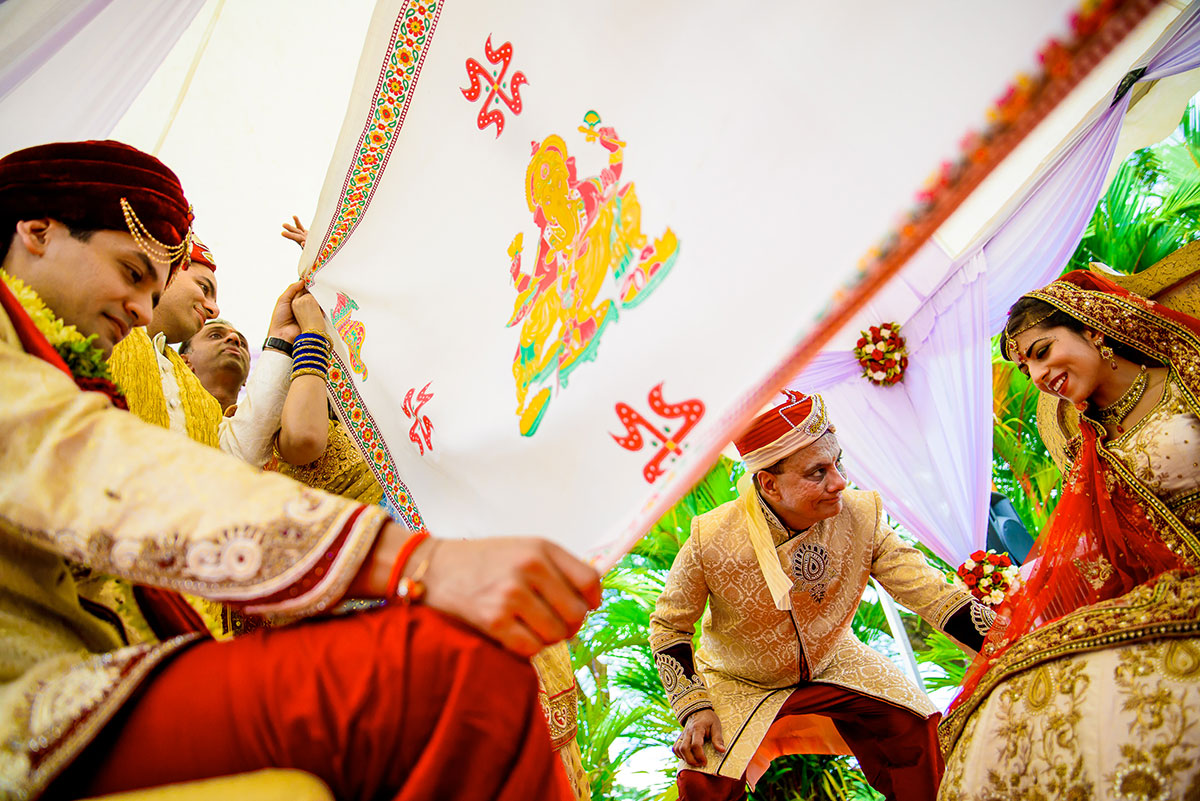 035 indian wedding photographer kerala zuri hotels