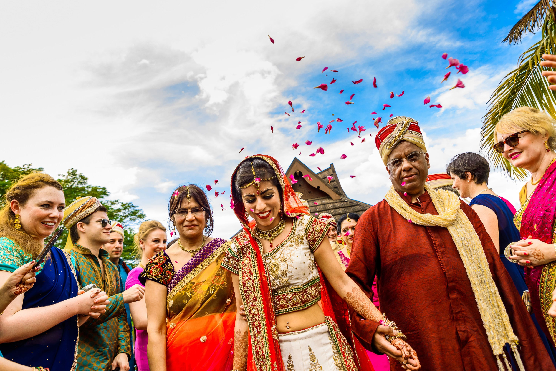 033 indian wedding photographer kerala zuri hotels