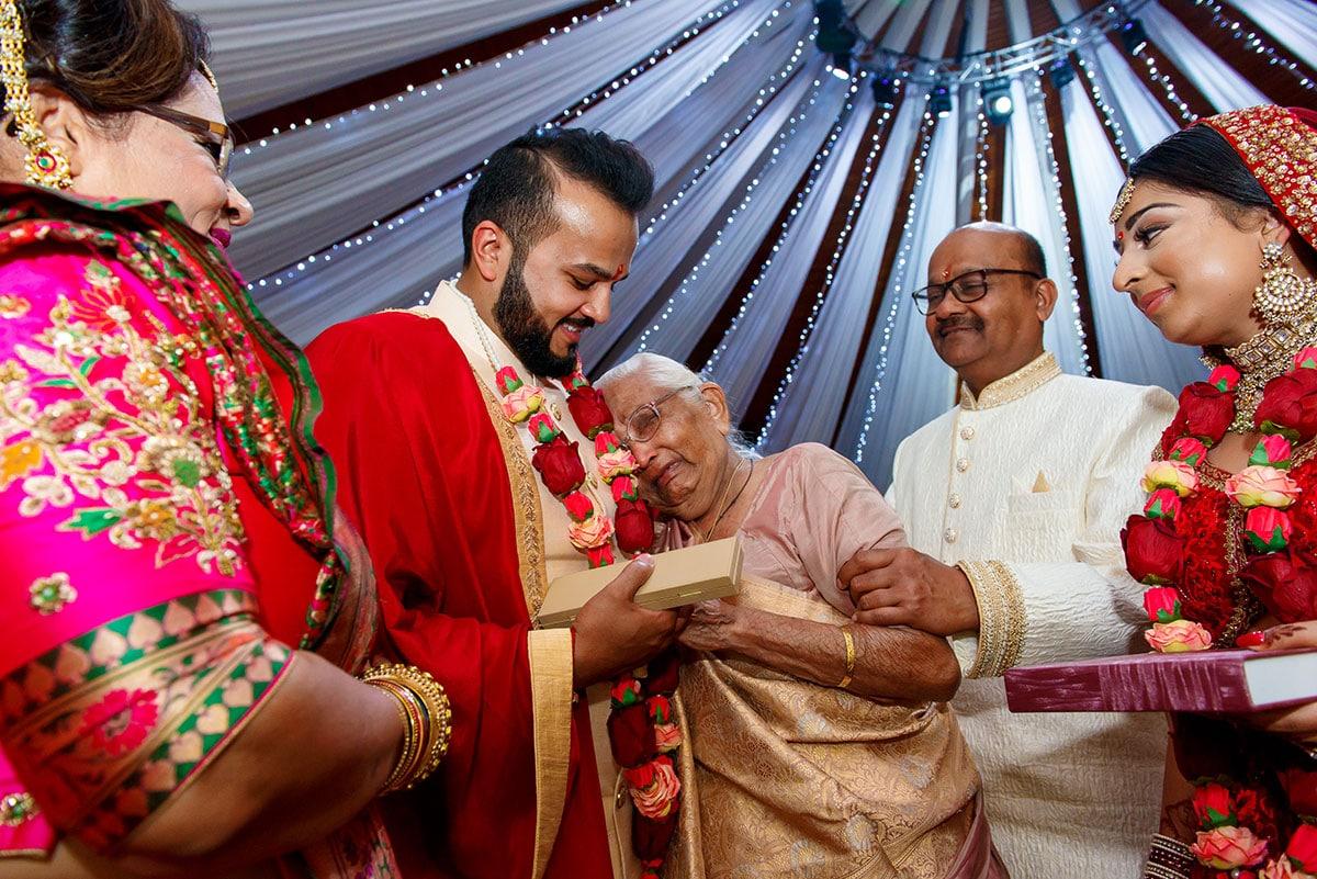 indian wedding photography copthorne hotel effingham gatwick by jermaine chandra 018